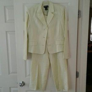 Style & Co. LIME Lt Green 2 pc Suit 12P Short